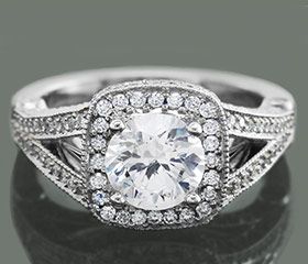 Halo-engagement-ring