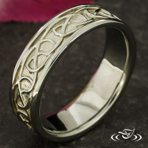 CARVED CELTIC KNOT BAND