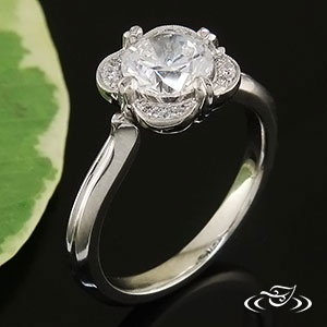PLATINUM SCALLOPED DIAMOND HALO RING