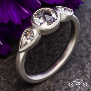 CONTEMPORARY ROSE CUT 3 STONE RING