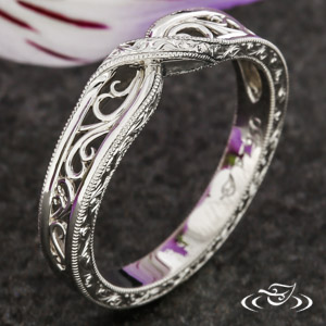 Filigree Cross Over Band