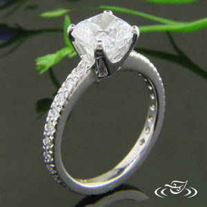Simple 950 Platinum Cushion Cut Diamond Mounting