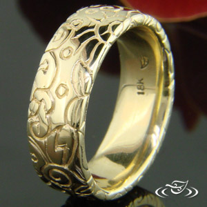 ORGANIC 18K YELLOW GOLD 6MM CARVED BAND