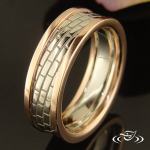 TWO-TONE BRICK DESIGN BAND