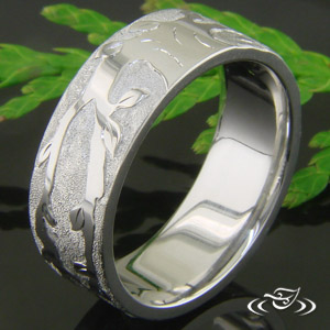 RELIEF ENGRAVED BAND