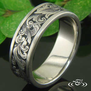 HAND ENGRAVED ORNATE BAND