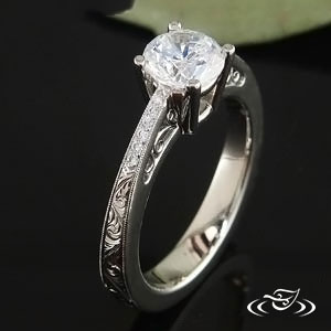14K WHITE GOLD RING WITH BEAD SET SIDE DIAMONDS