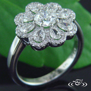 PLATINUM DIAMOND DAISY HALO RING